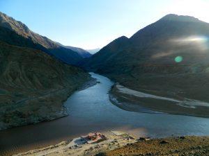 sindhu-zanskar-river-confluence2