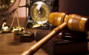 20140531-hukum-atau-pengadilan