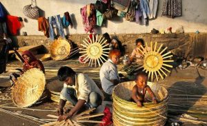 21th_weaving_baskets_